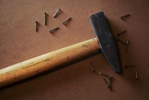 hamer en spijkers