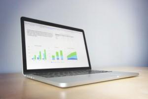 laptop met grafiek
